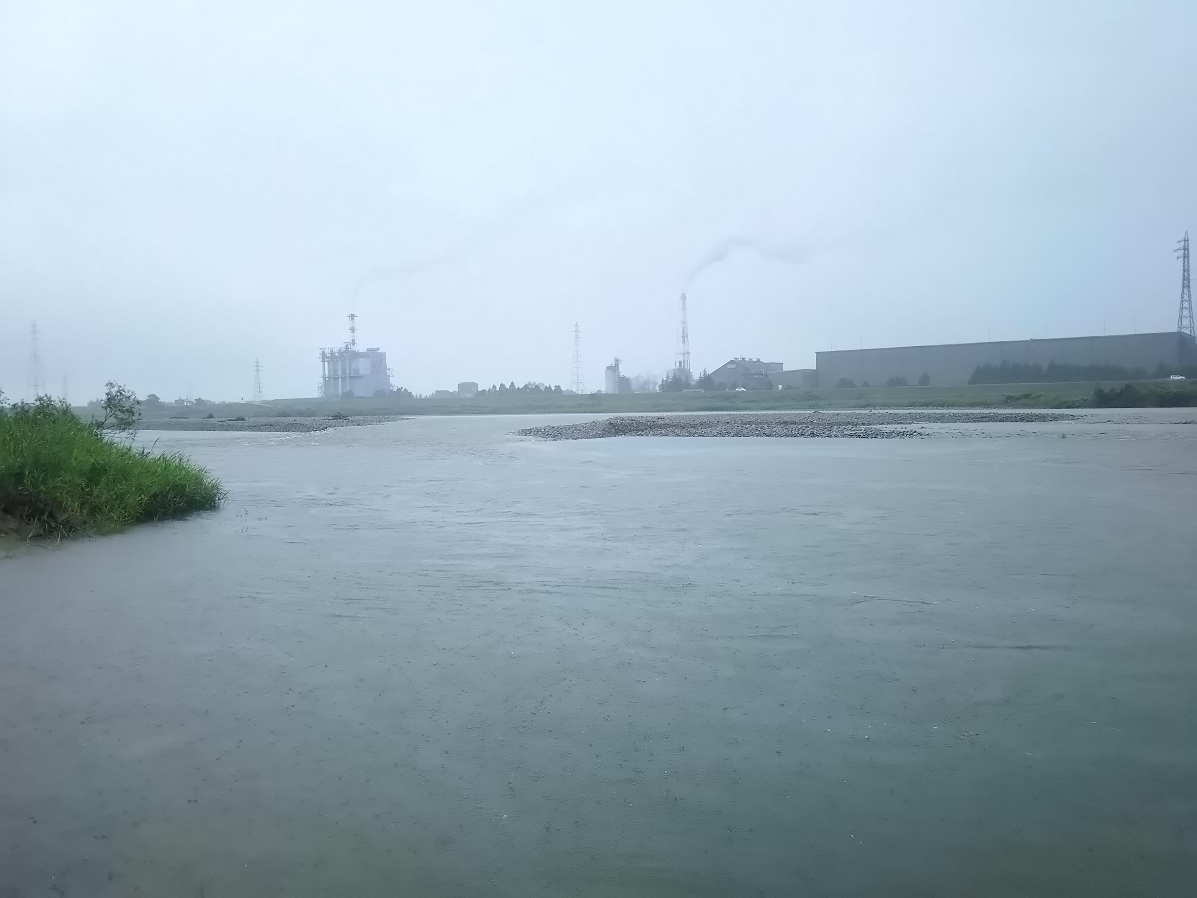 川の様子、久しぶりの増水