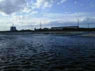 川の様子.午後から強風