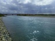川の様子.北風水温低下