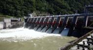 台風の影響で増水  禁漁期間、漁期終了のお知らせ